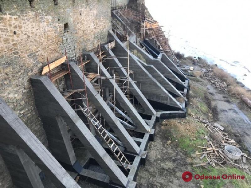 В Аккерманской крепости приостановили ремонтные работы