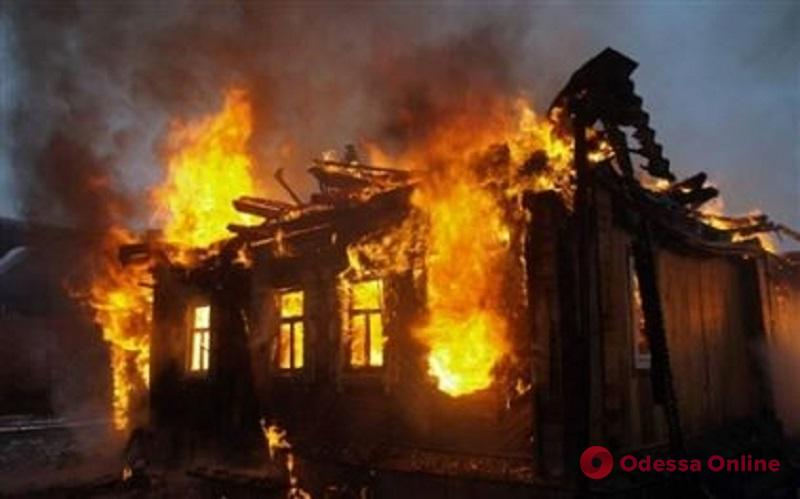 Под Одессой на пепелище нашли труп бездомного