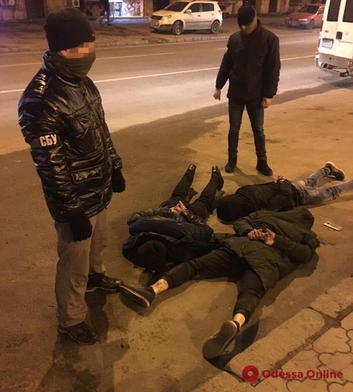 В Одессе задержали членов этногруппировки вымогателей (фото)