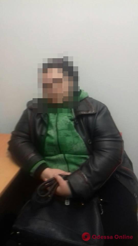 В Одесской области задержали магазинную воровку