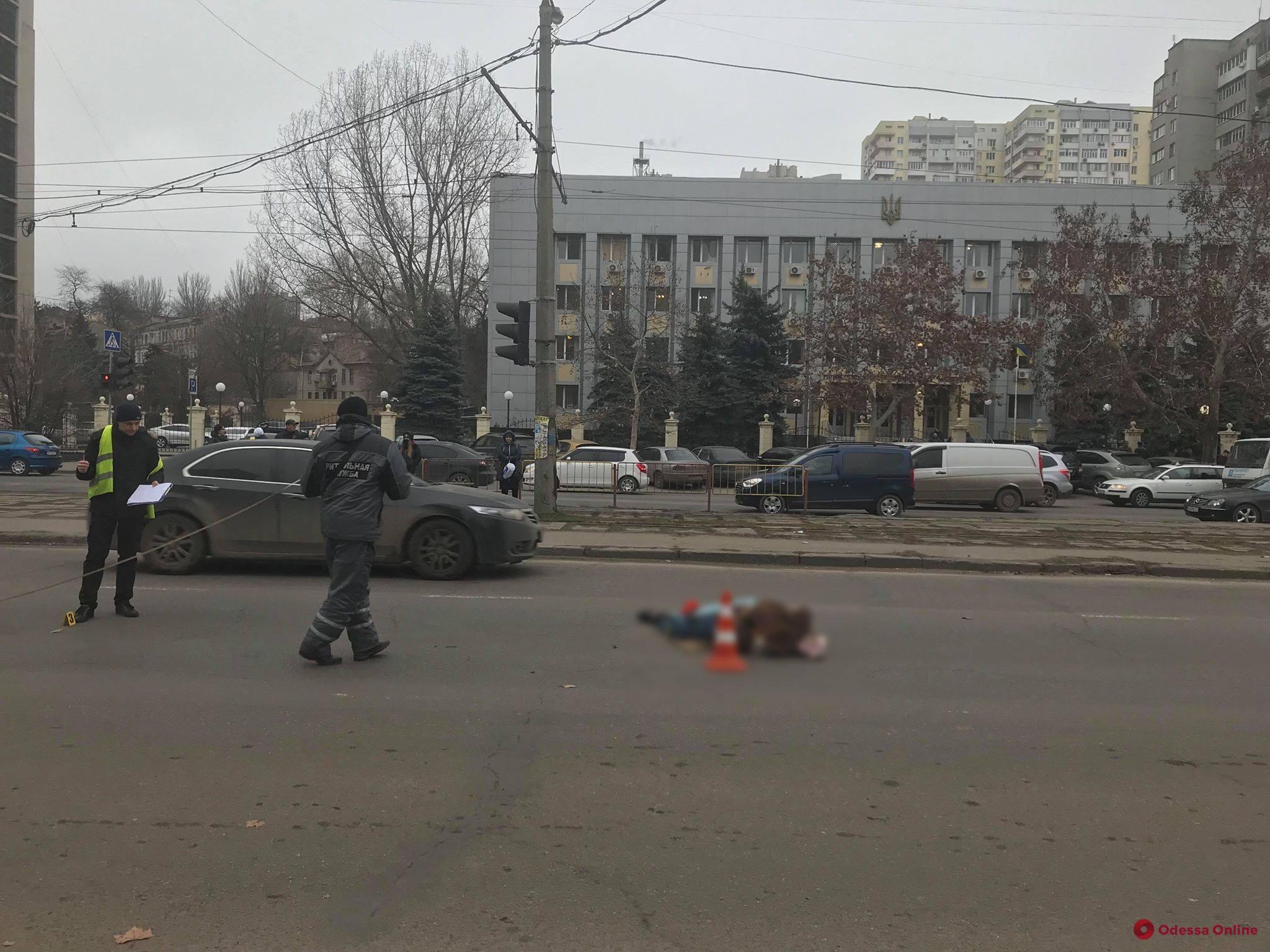 В Одессе насмерть сбили человека (обновлено)