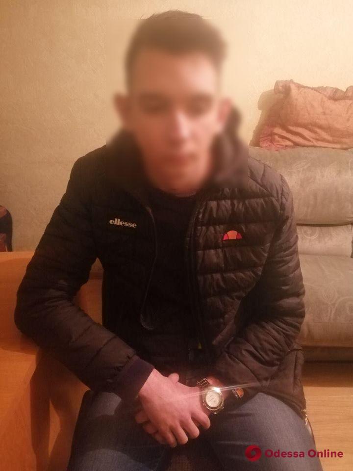 На Таирова попался с поличным закладчик наркотиков