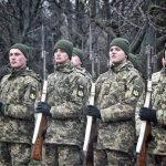Бойцы 28-й мехбригады прошлись маршем по центральным улицам Одессы