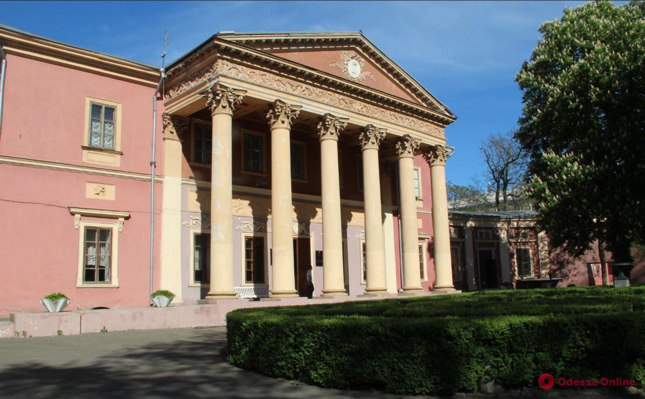 Одесский художественный музей за год заработал почти 2 млн грн