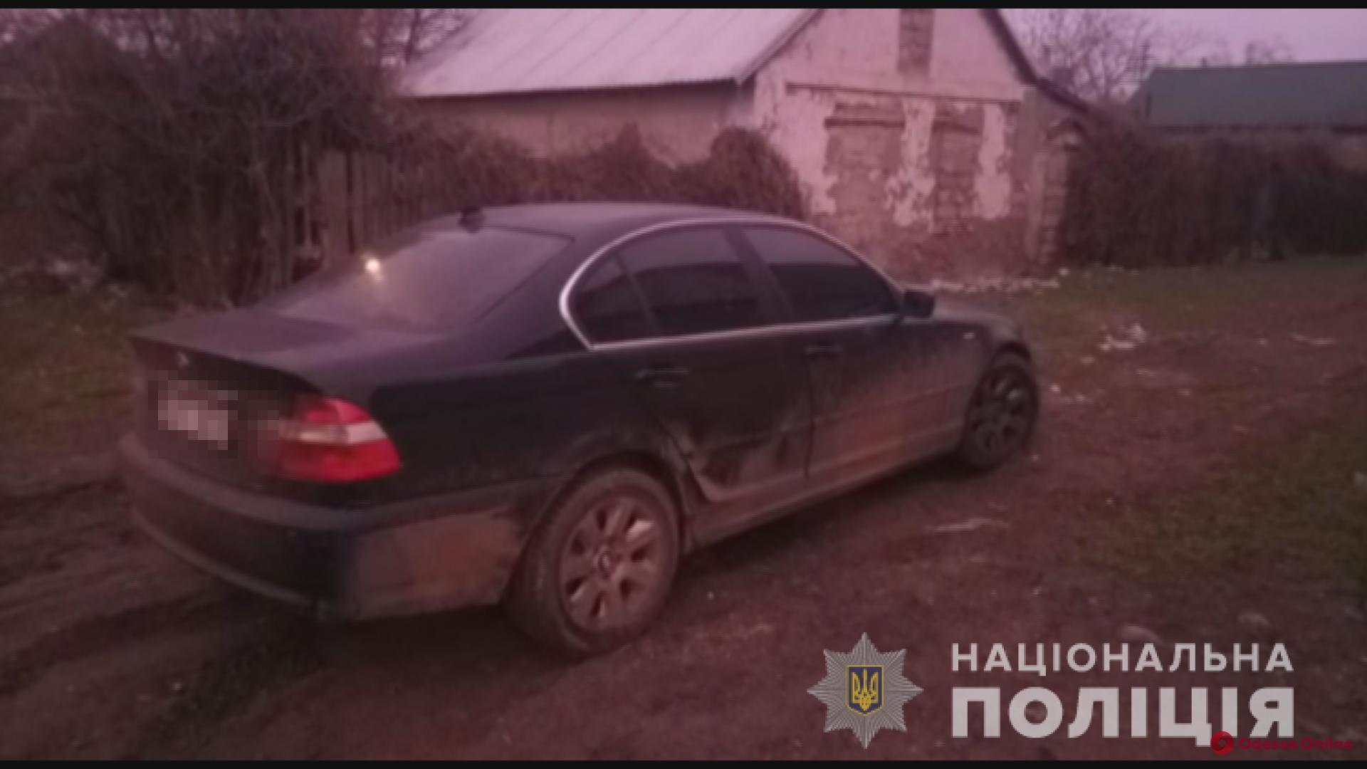 В Одесской области на глазах у ребенка ограбили автомобиль его родителей