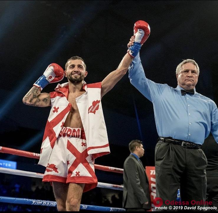 Одесский боксер одержал эффектную досрочную победу в США
