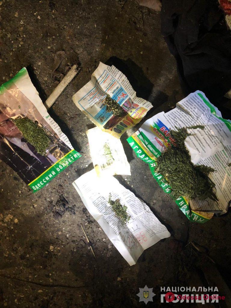 На юге Одесской области у рецидивиста нашли тротиловую шашку и наркотики