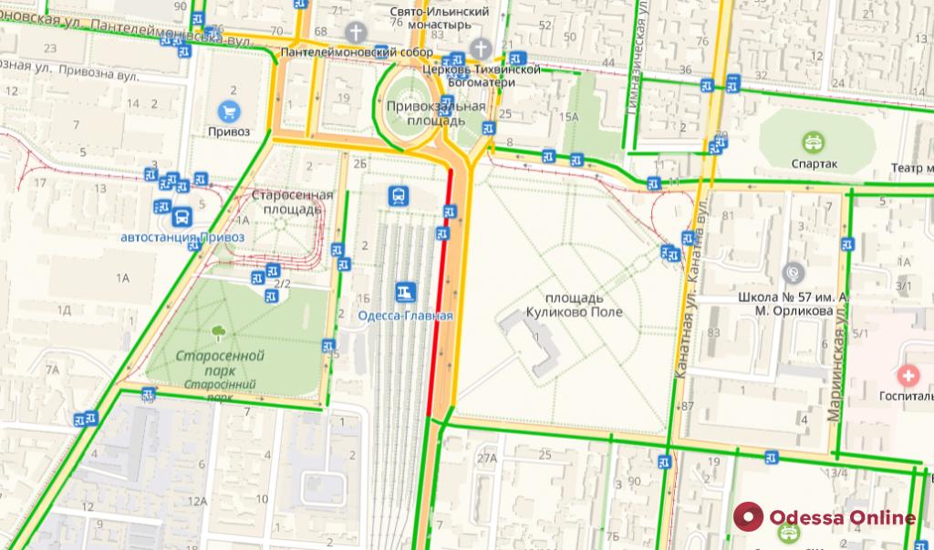 Дорожная обстановка в Одессе: пробки возле железнодорожного вокзала и на Балковской