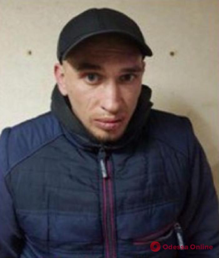 В Одессе оперативно задержали двоих грабителей