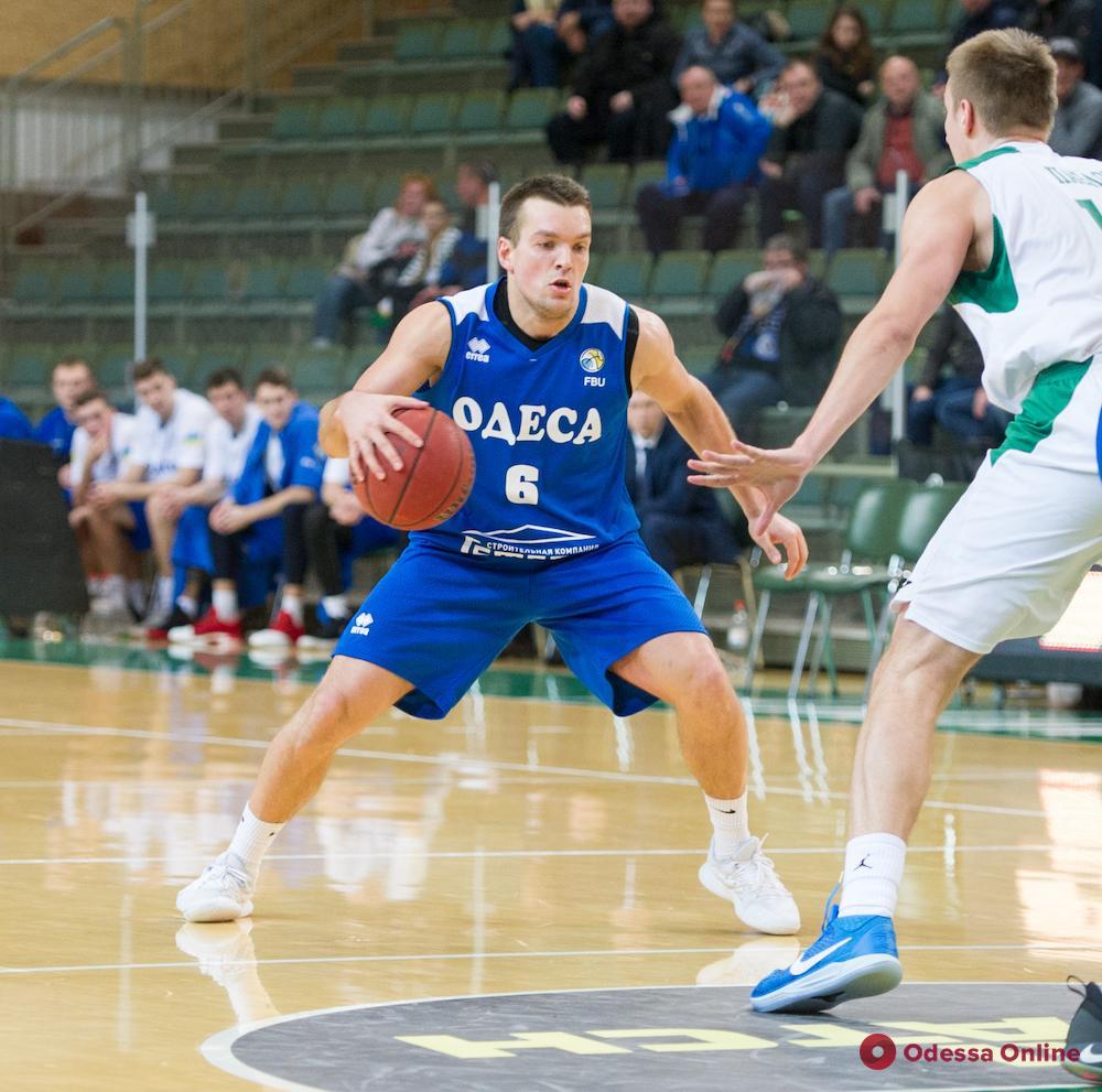 Потеря вместо усиления: баскетбольный клуб «Одесса» попрощался с легионером