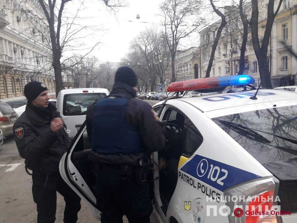 В Одессе разбойники-недотепы прибежали прямо в руки полиции (видео)