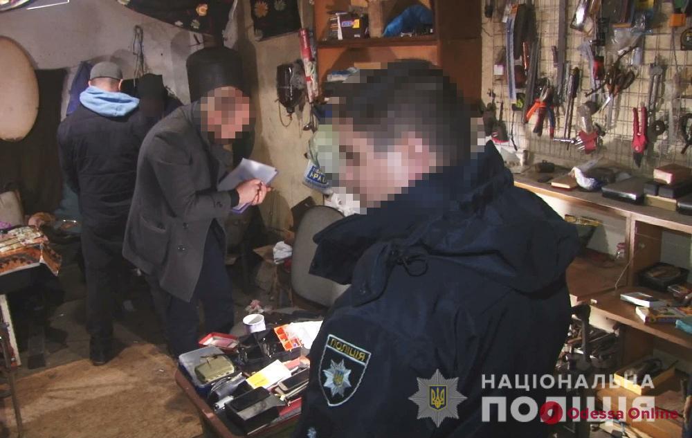 Украли «ювелирки» на 100 тысяч: в Одессе задержали домушников