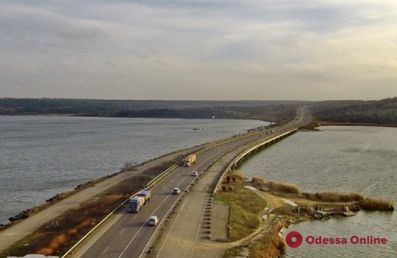 В Одессе отремонтируют мост через Хаджибейский лиман