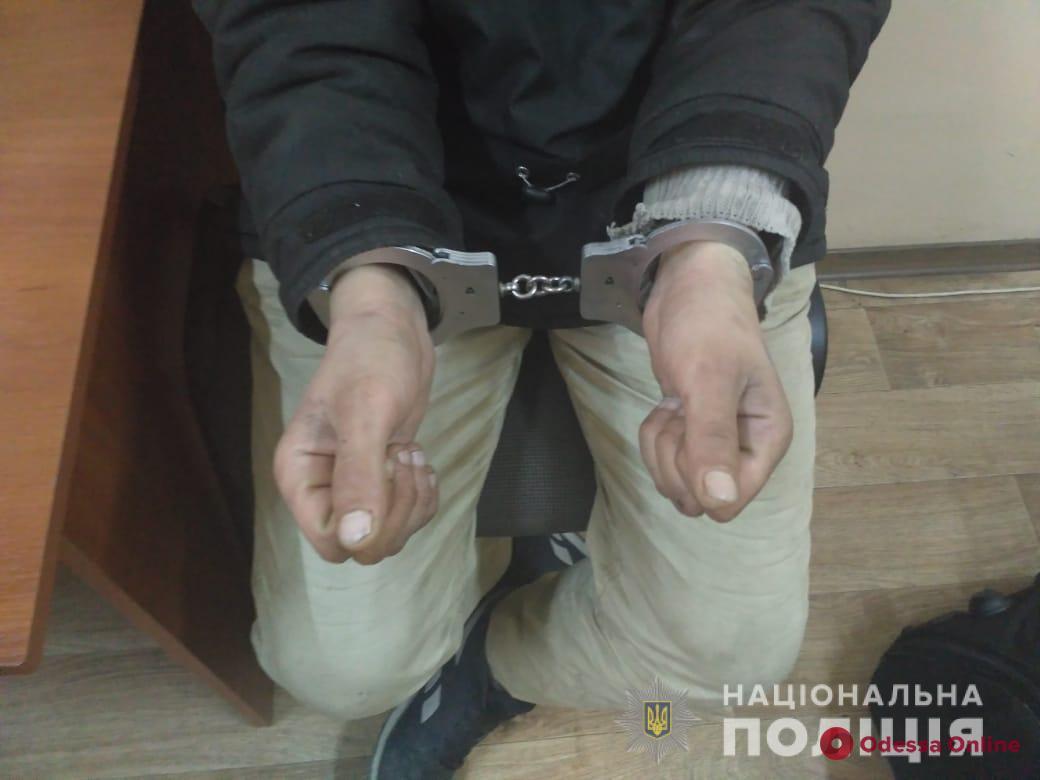 В Одессе поймали 19-летнего серийного грабителя