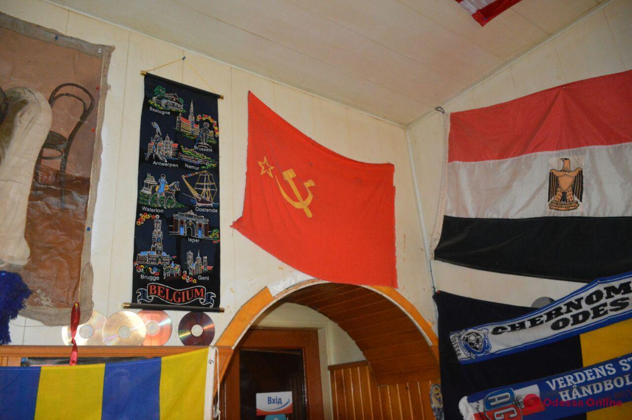 Одесские активисты наведались в «советское» кафе в Теплодаре