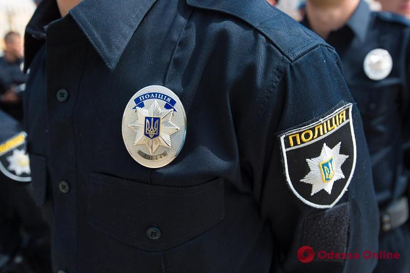 Дебоширы устроили драку в центре Одессы: пострадал патрульный