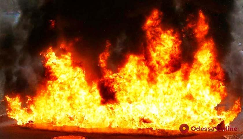 В одесской многоэтажке при пожаре погибли два человека (обновлено)