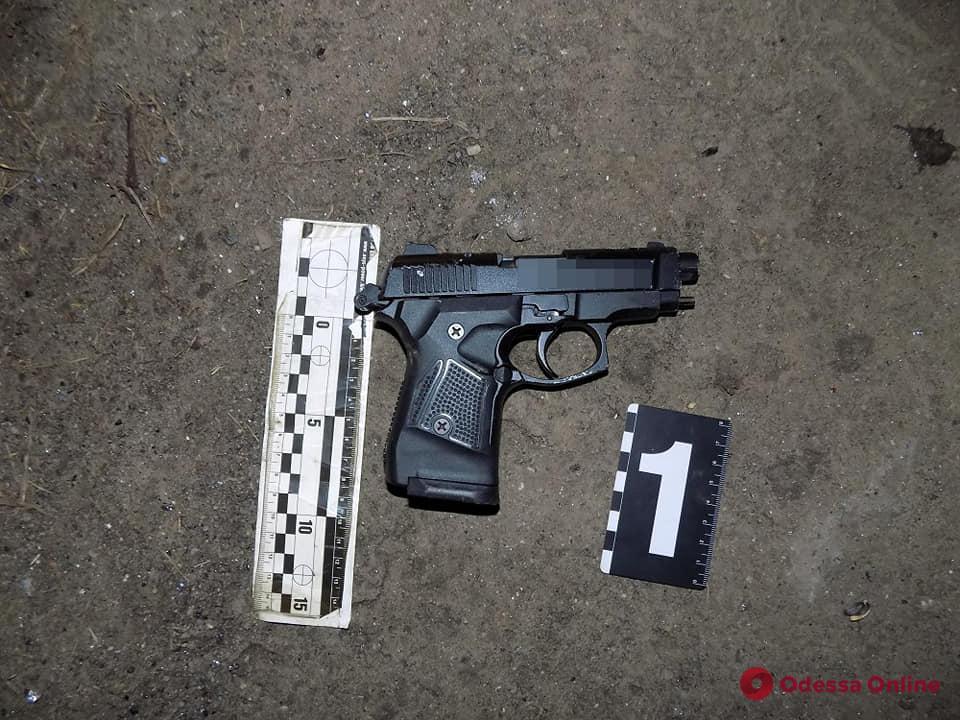Стрелявший в полицейского житель Одесской области отделался условным сроком