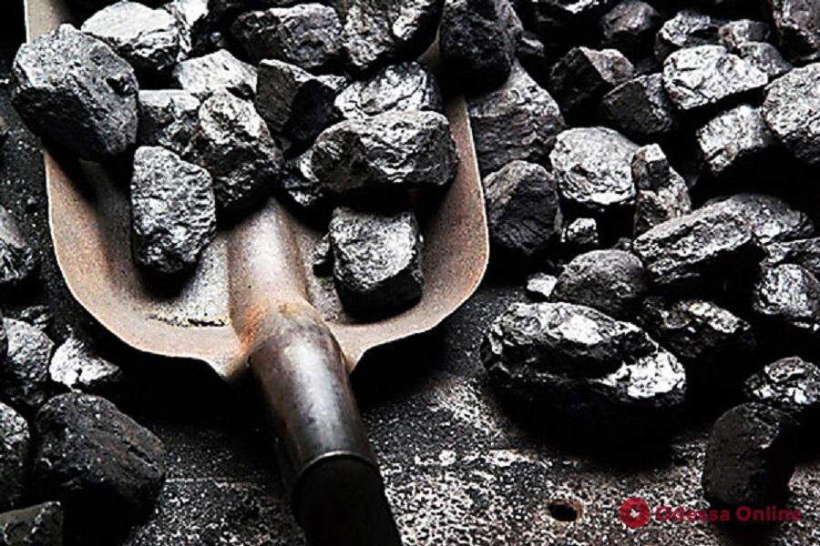 Не досчитались угля: замдиректора школы-интерната под Одессой подозревают в халатности