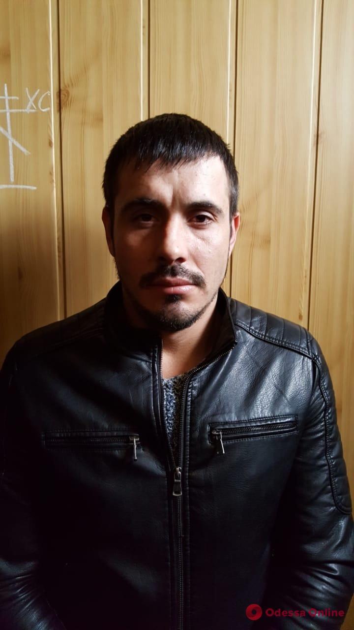 Четверо жителей Кодымского района ограбили 90-летнюю односельчанку