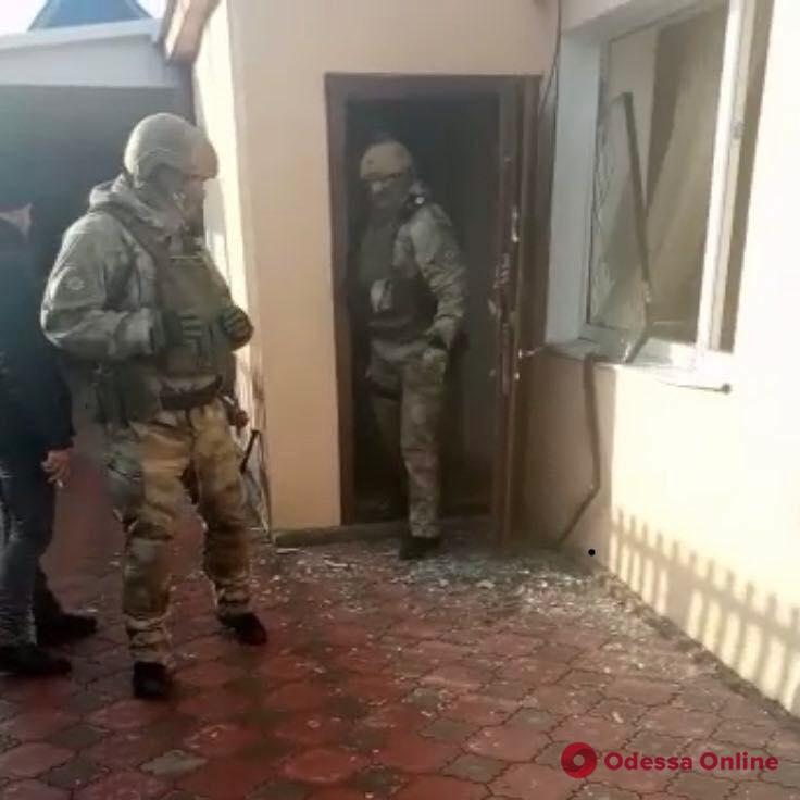 Одесские правоохранители задержали группу наркоторговцев