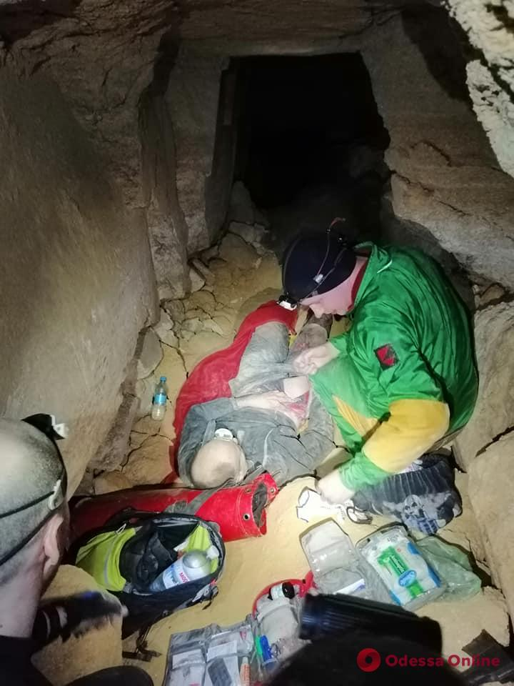 Одесский спелеолог попал под обвал в катакомбах