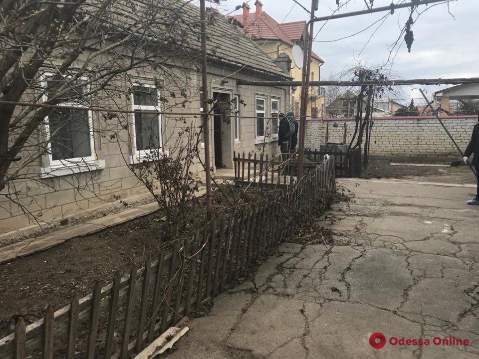 В Крыжановке грабитель застрелил пожилую женщину и ее внука