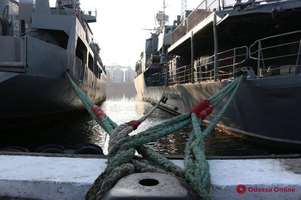 В Одесском порту состоялся молебен за освобождение военнопленных украинских моряков