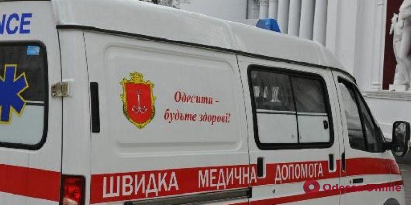 Одесские водители в час пик научились уступать дорогу «скорой» (видео)
