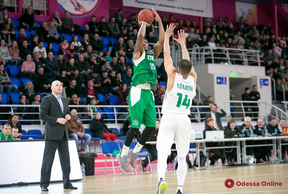 Баскетбол: «Одесса» и «Химик» по-разному завершили регулярный чемпионат Суперлиги