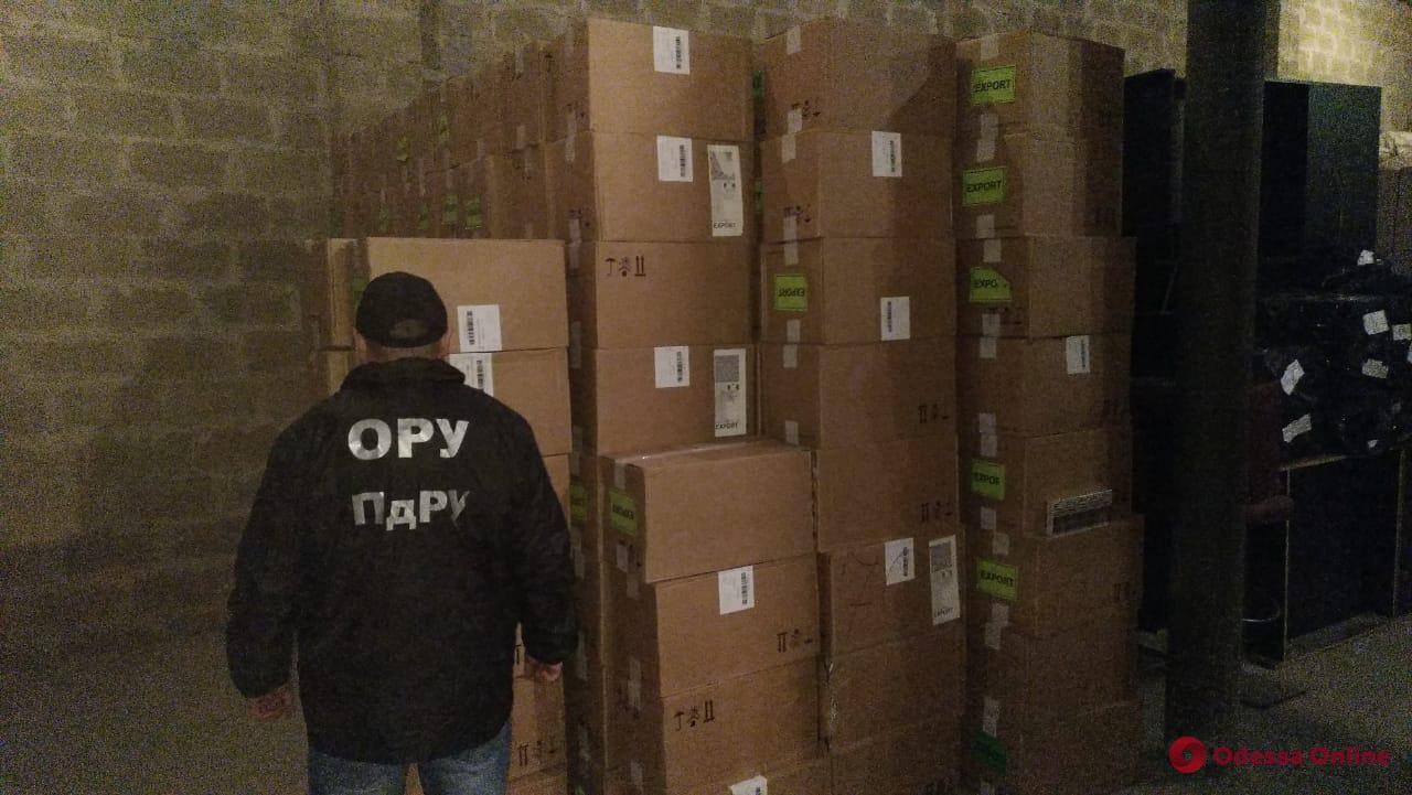 В Одесской области перевозили крупную партию сигарет на 4 миллиона