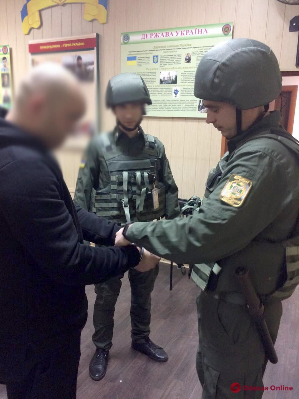 В Одесском аэропорту задержали подозреваемого в убийстве армянина