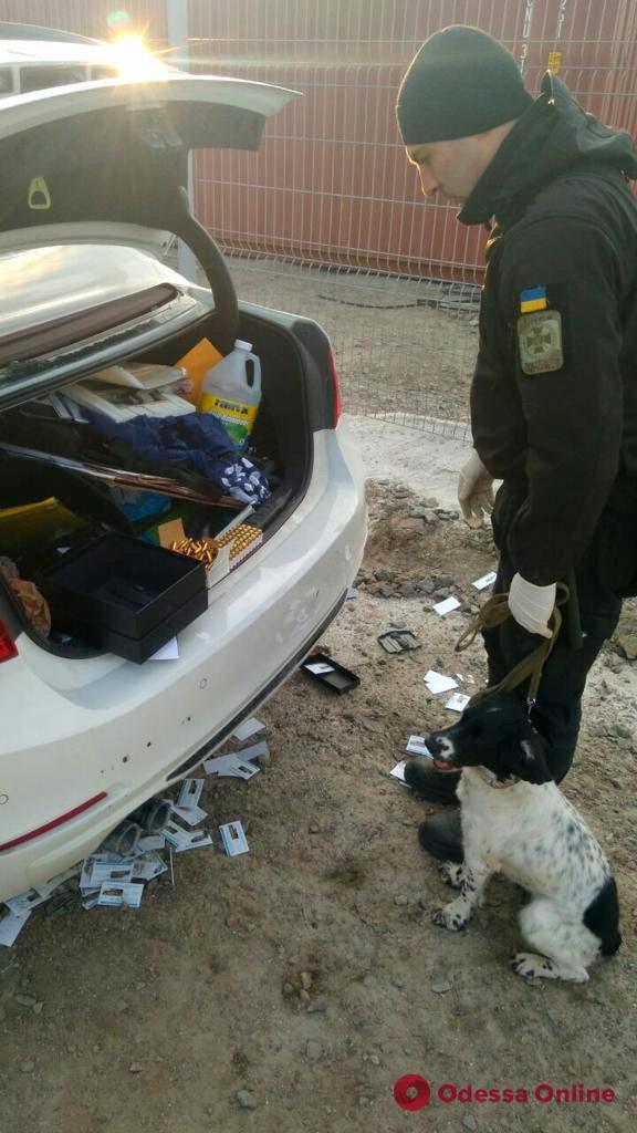 Одесские пограничники обнаружили боевые патроны на теплоходе из США