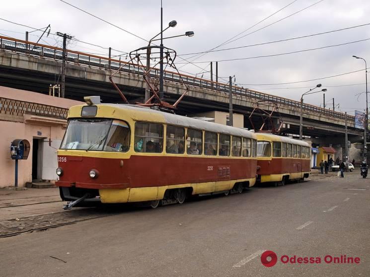 В Лузановке трамвай сбил пешехода