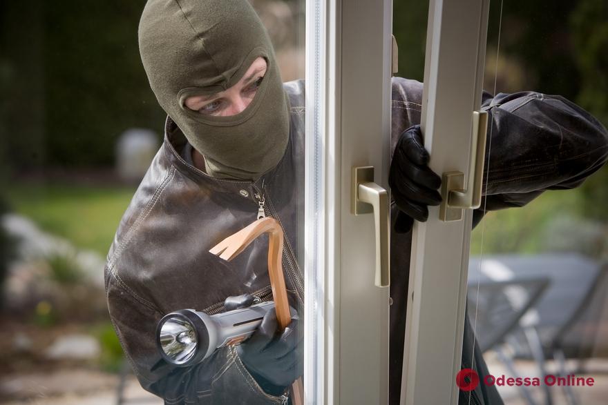Одесские полицейские задержали домушника