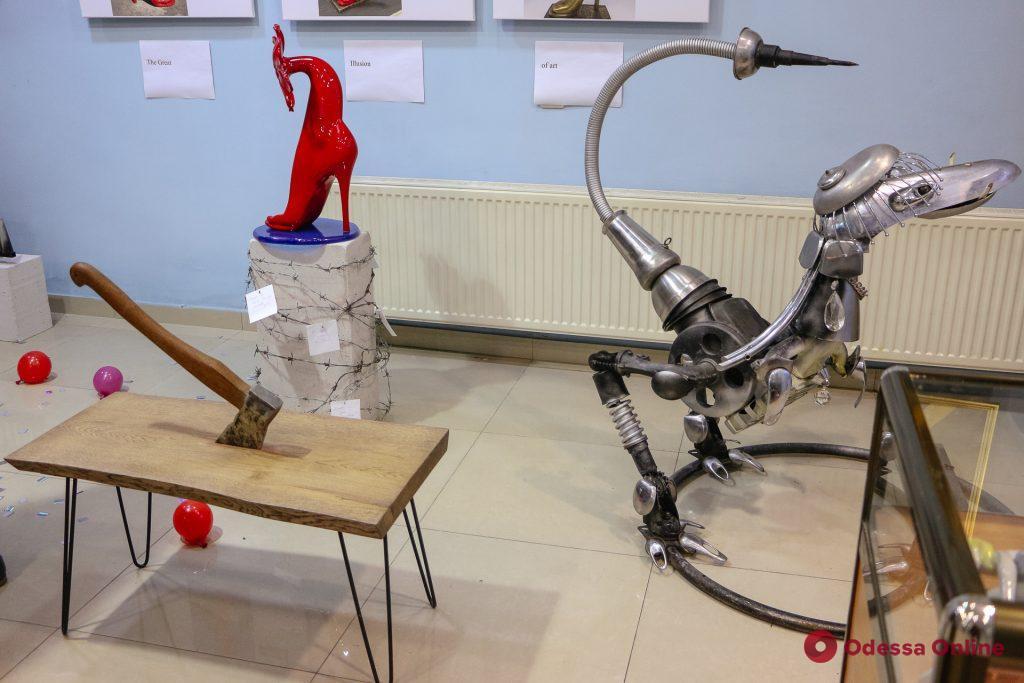 «Два полушария: art&contemporary»: в Одессе открылась необычная выставка