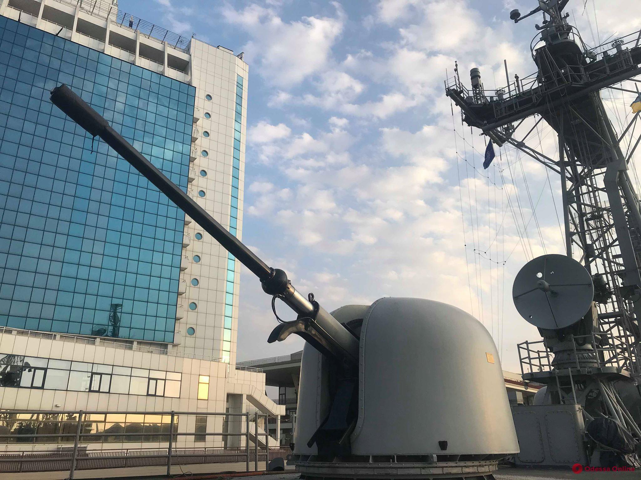 Прибывшие в Одессу корабли НАТО вызвали большой ажиотаж