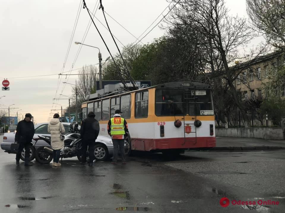 В Одессе произошло ДТП с участием мотоцикла
