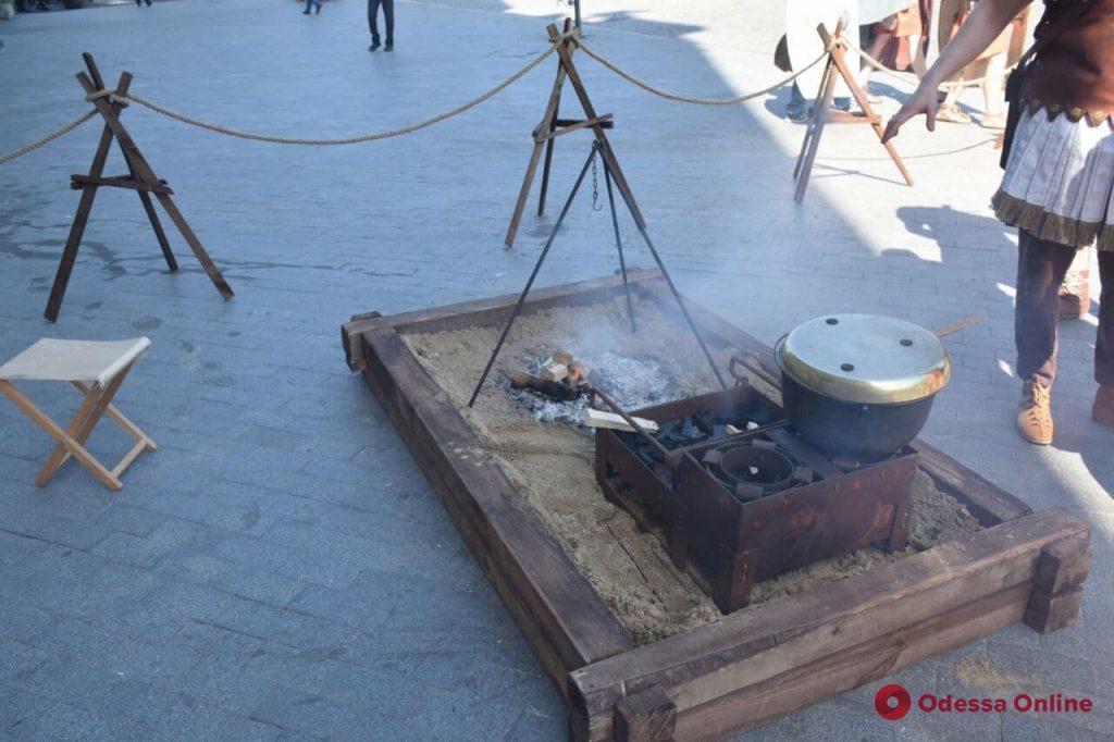На Дерибасовской поселились римские легионеры (фото)