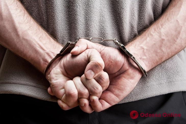 Скрывался от следствия: в Одесской области задержали грабителя