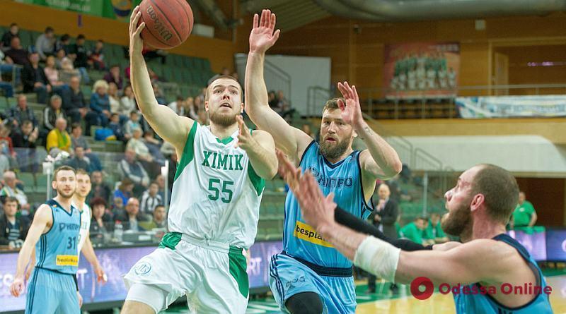 Баскетбол: «Химик» в овертайме побеждает «Днепр» во втором матче полуфинальной серии плей-офф