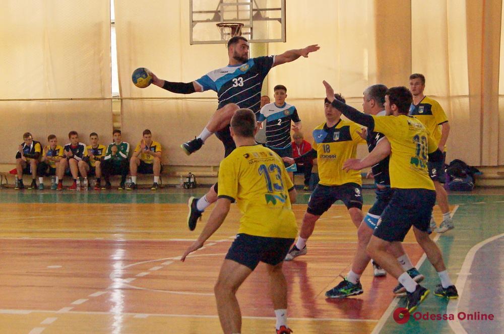 Гандбол: «Одесса» впервые в сезоне проиграла дерби «Портовику»