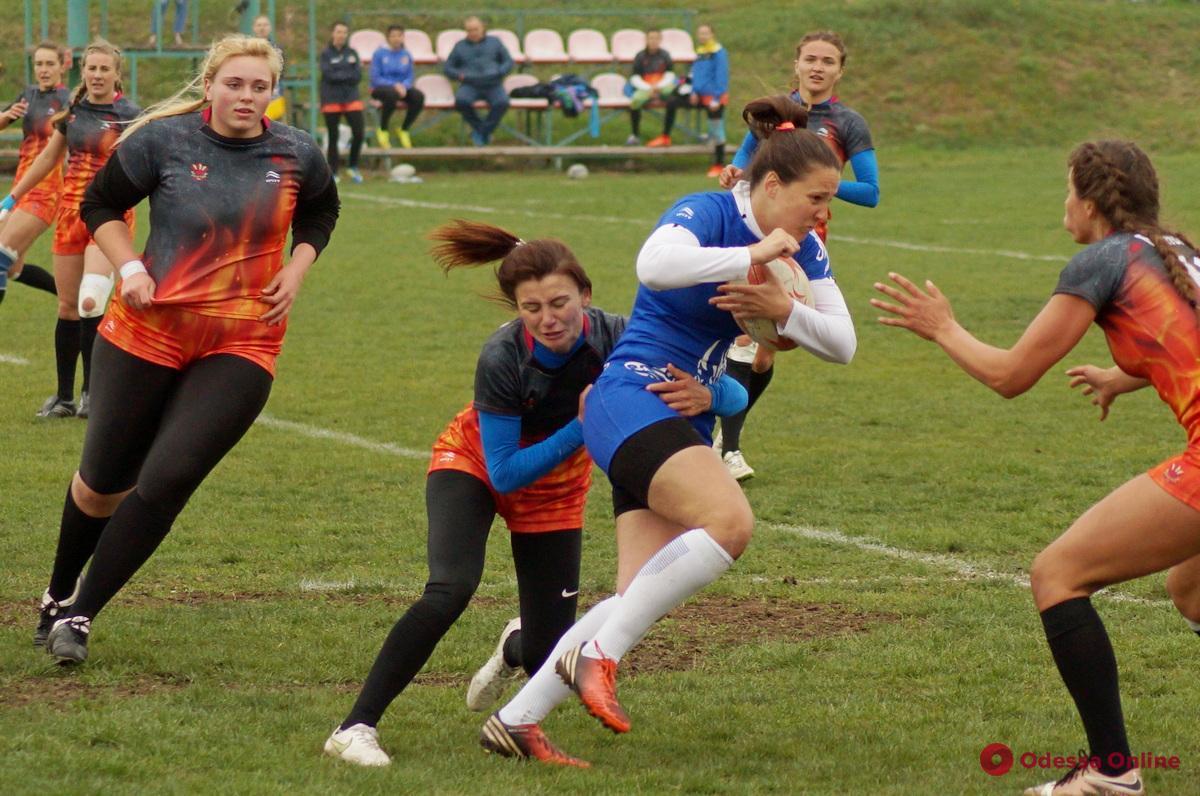 Регби-7: женская сборная Одессы одержала три победы в первом туре украинской Суперлиги