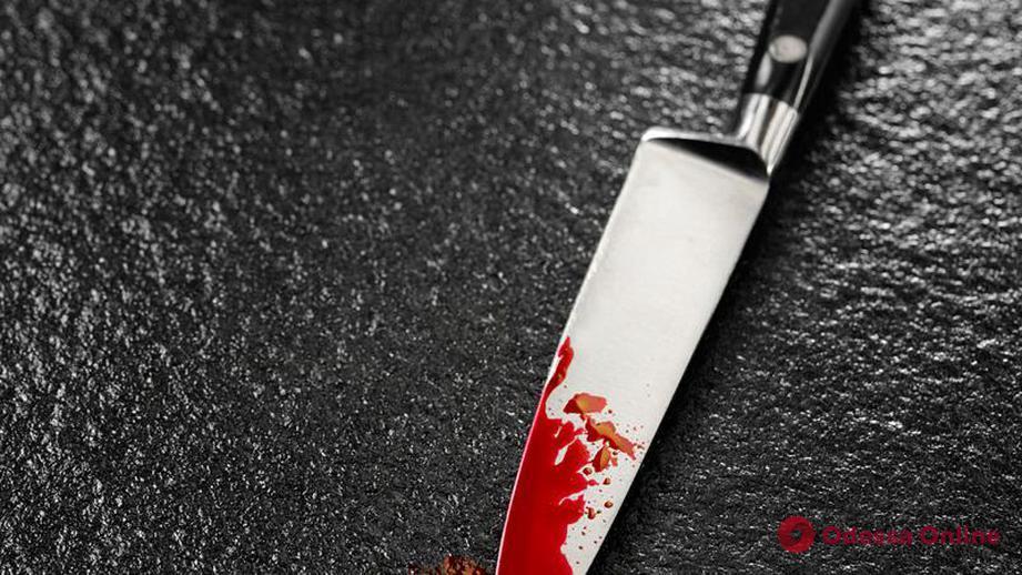 Пьяный одессит пырнул гостя кухонным ножом