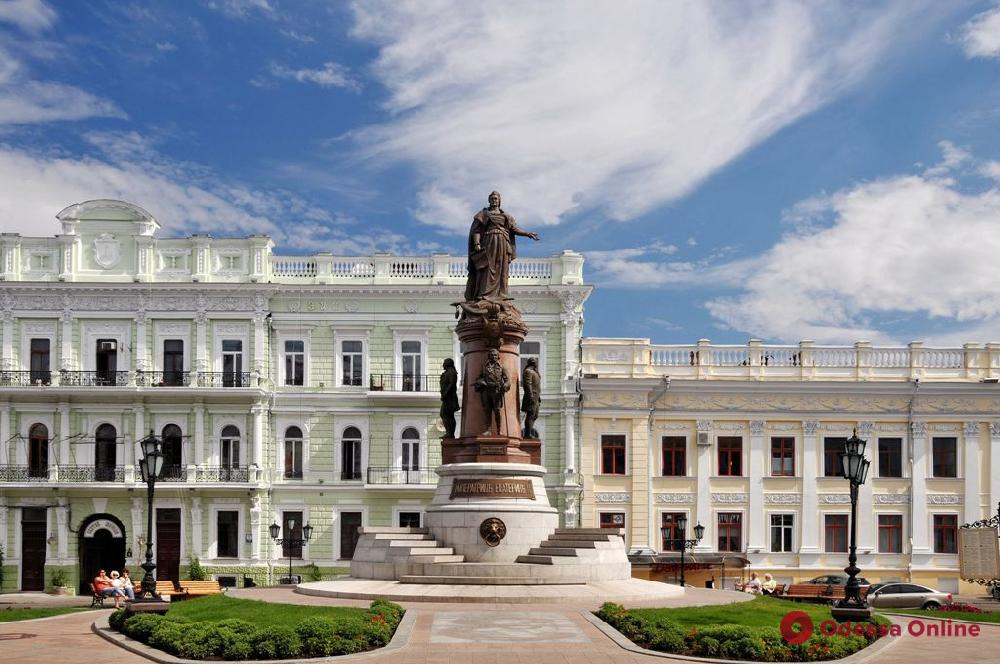 Памятник основателям Одессы останется на своем месте