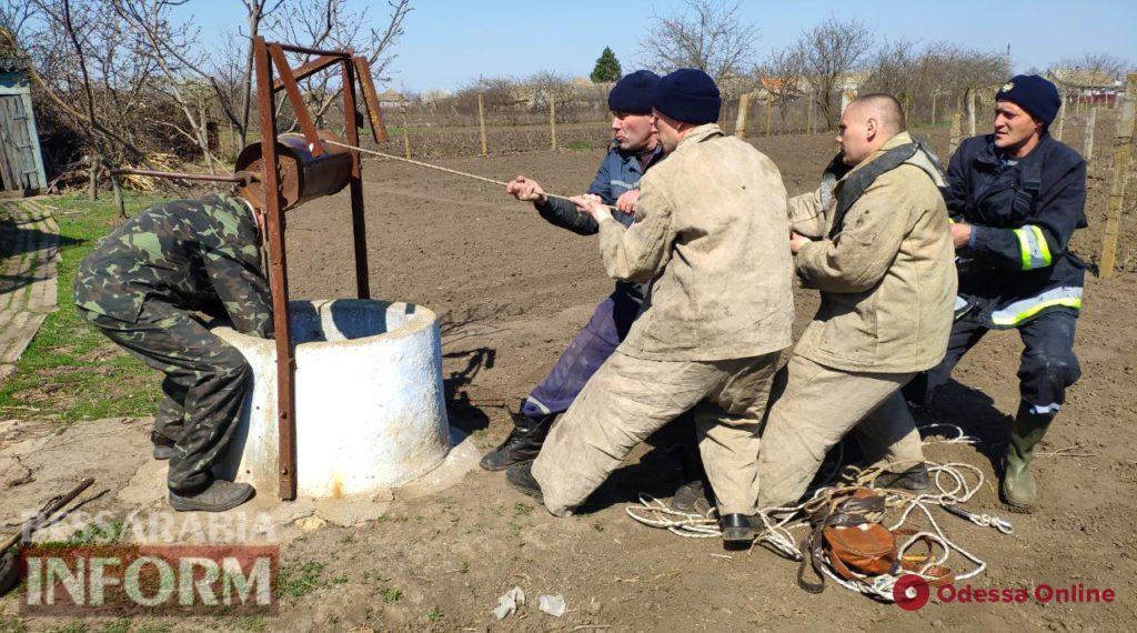 В Одесской области из колодца вытащили тело пенсионера