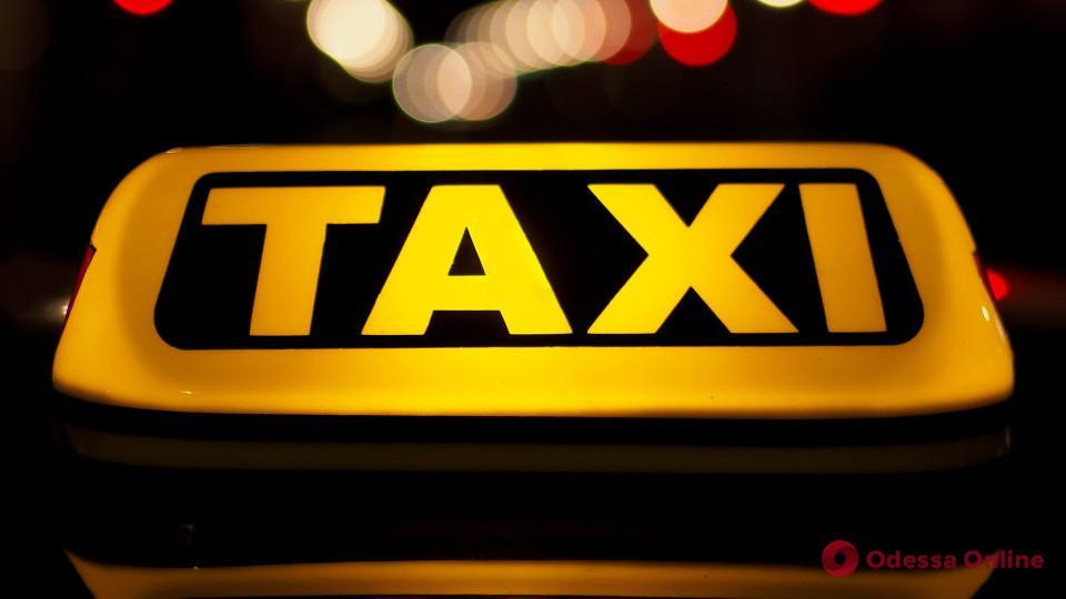 В Одесской области пьяный таксист сбил пьяного пешехода