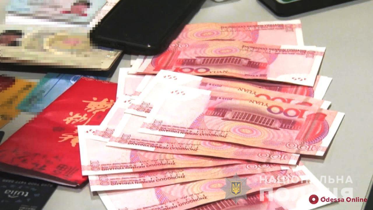 Вербовали украинок для китайских борделей: одесские правоохранители задержали работорговцев