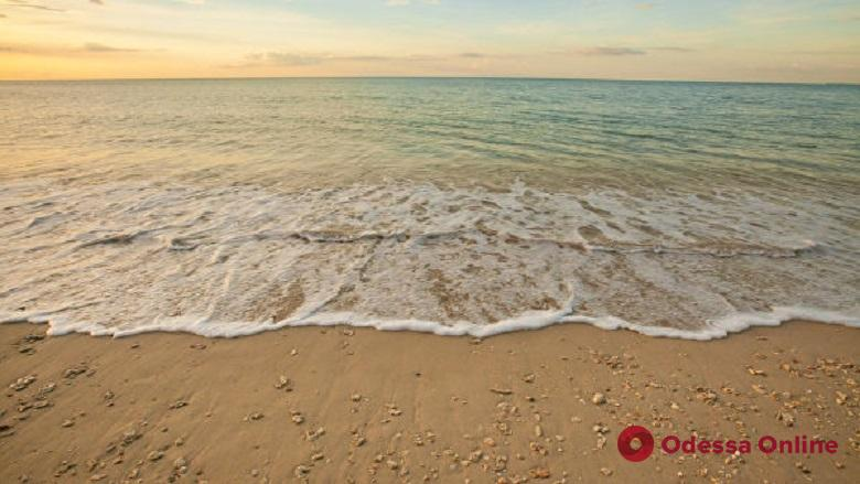 На пляже под Одессой нашли артснаряд времен Второй мировой войны