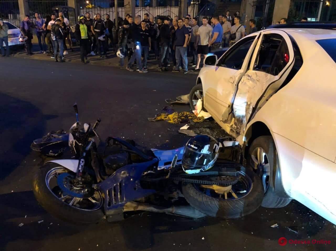 Два человека пострадали в ДТП на Семинарской в Одессе